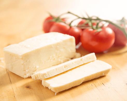 NATUREL Keçi Peyniri 1000 Gr .
